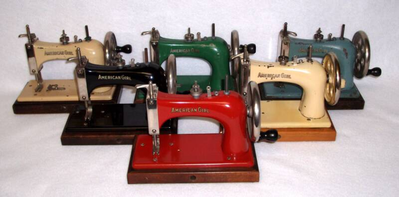 Shelly Burge toy sewing machine