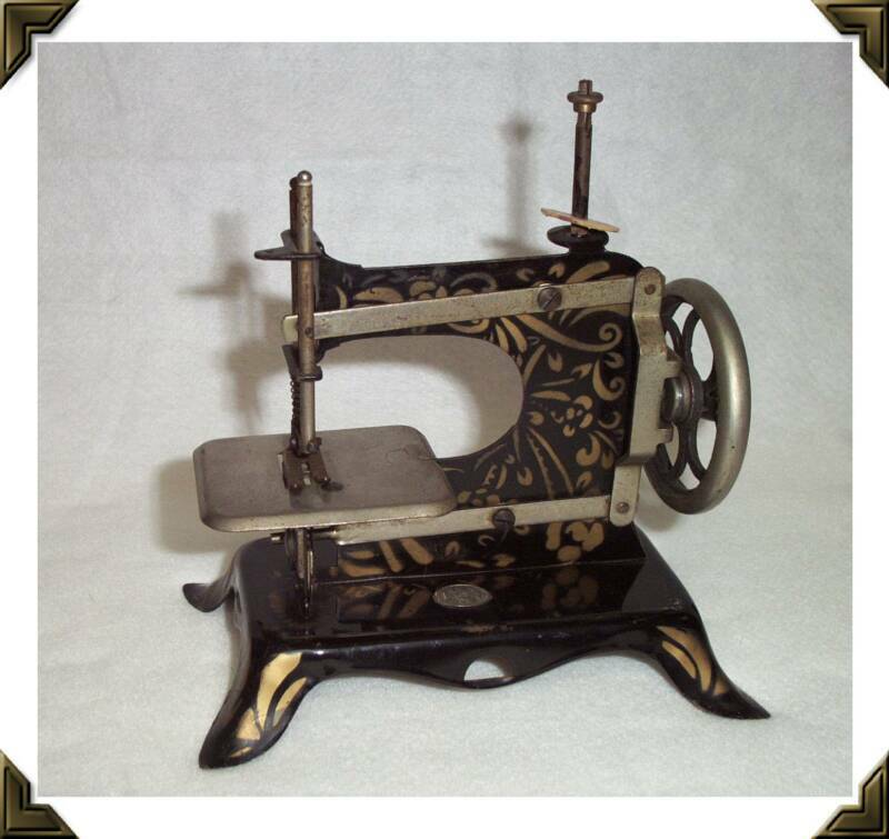 Shelly Burge Sewing Machines