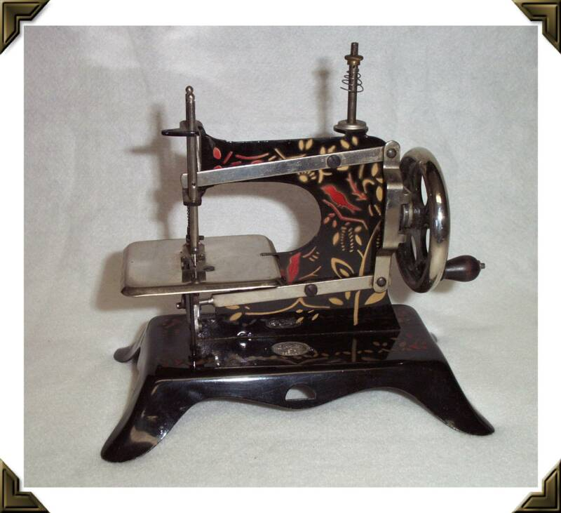 Plank Toy Sewing Machine